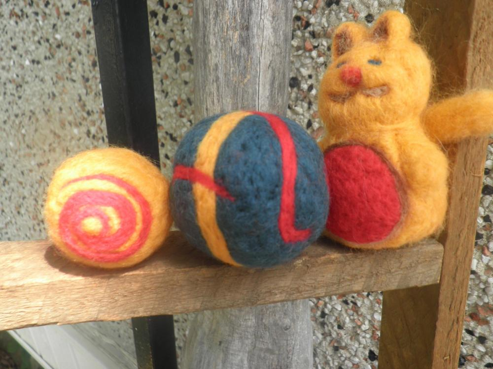 Wool cat toy set. Cat toys, set of 3. Handmade cat toys. Pet Supply.